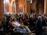 Pubblico al concerto dei Klezmorim in Abbazia a Morimondo